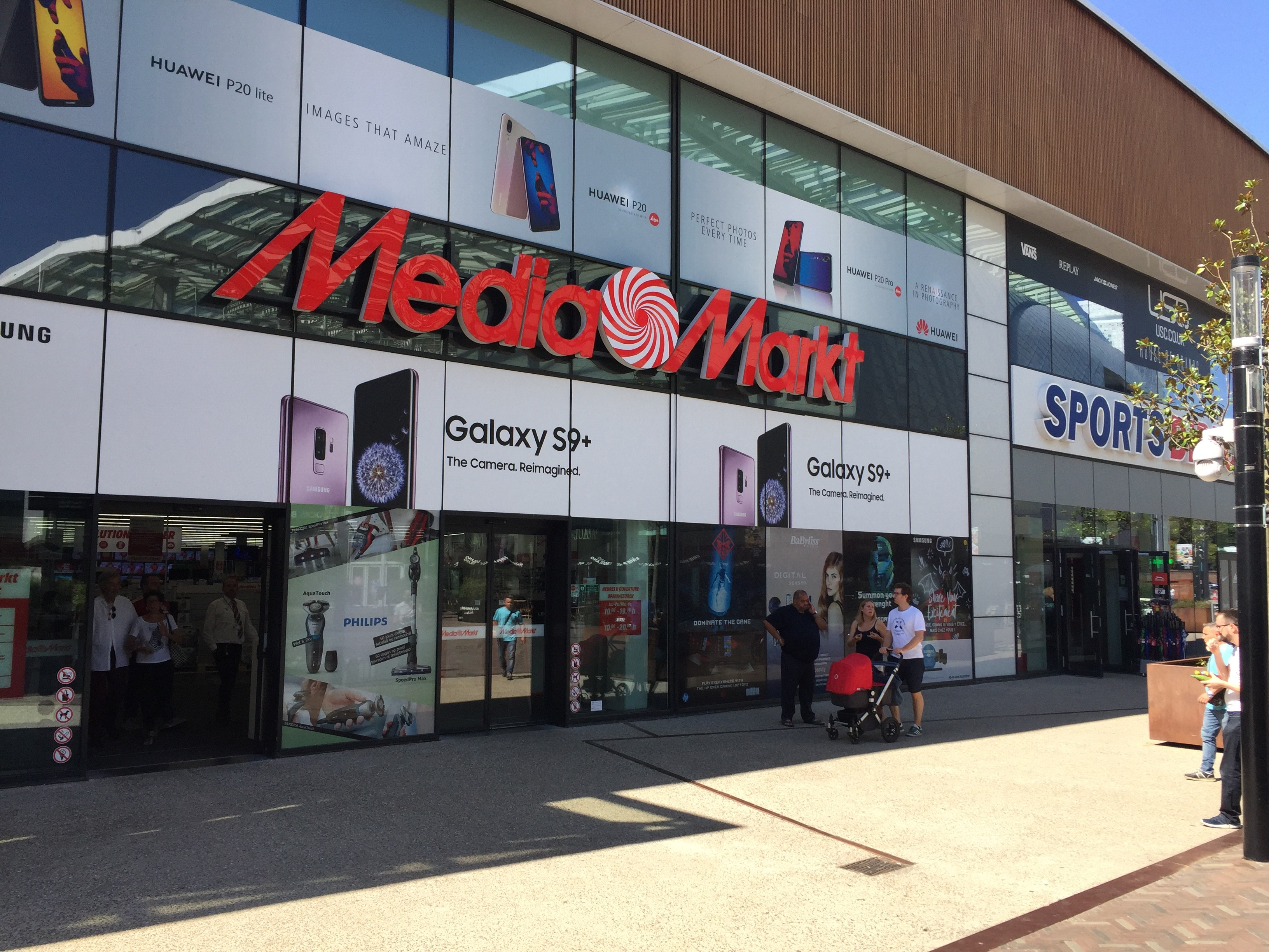 Media Markt at Docks