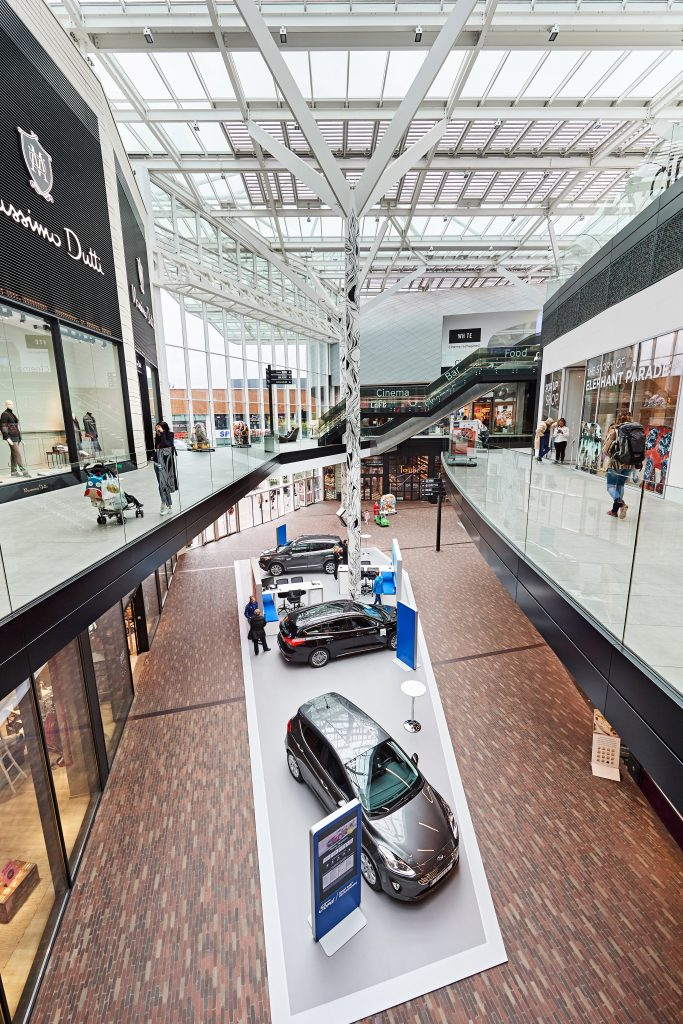 Discover your future Ford vehicle while shopping in Docks Bruxsels